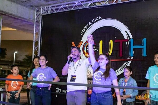 Los participantes recibieron asesoría en el desarrollo de su idea. (Foto: Get in the Ring Youth para EF).