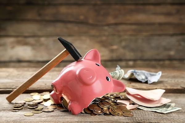 ¿Tanto cuesta entender que las finanzas públicas son limitadas y que, por lo tanto, llegará el día en que no habrá más dinero para financiar la fiesta de los privilegios, pagar salarios e invertir en programas vitales?