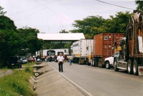 El libre flujo de mercancías en los países centroamericanos le generará a los empresarios regionales una disminución en los costos y un mejor manejo del producto con entregas más rápidas y sin exponer la calidad.