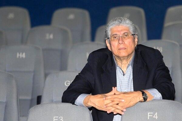 Luis Carcheri explica que la oferta de Cine Magaly se dirige a quienes encuentran en el cine de contenido un camino para desarrollar el entendimiento, la tolerancia, la solidaridad, la convivencia pacífica y el respeto hacia el ambiente y todas sus formas de vida. (Foto Rafael Pacheco)