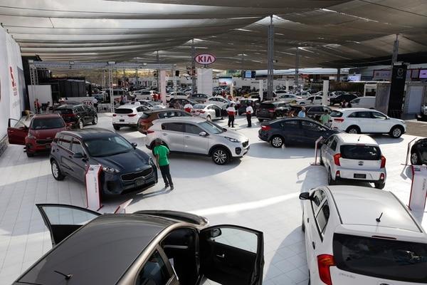 Competencia. La comercialización de vehículos nuevos lleva las de ganar en lo que a la oferta financiera respecta.