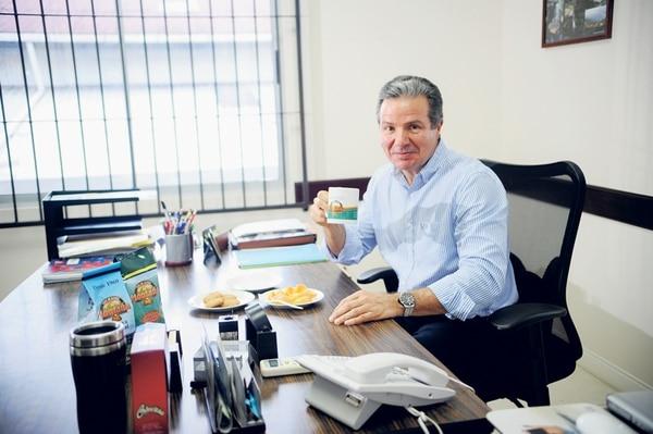 José Manuel Hernando, presidente de Cacia, es un ejecutivo que cuida sus hábitos alimentarios en horas laborales.