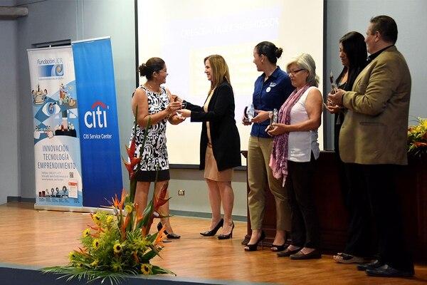 La premiación se llevó a cabo este jueves en el Auditorio de la Ciudad de la Investigación, en la Universidad de Costa Rica. (Foto: Laura Rodríguez, de la Oficina de Divulgación de la UCR para EF).