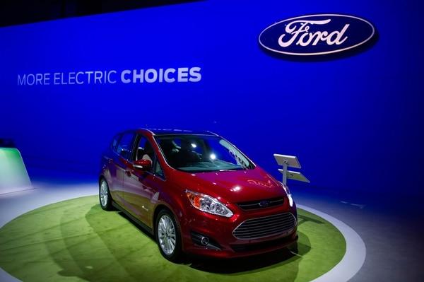 Ford le apuesta a los vehículos eléctricos para efectuar entregas limpias y eficientes. Foto: Shutterstock.