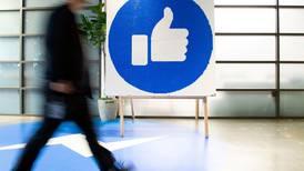 Potenciales riesgos para niños pueden ser la línea roja en la batalla por regular a Facebook