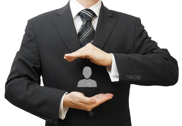 Las empresas que cuidan a los colaboradores lo hacen porque los consideran la base de su riqueza e invierte en ellos para crecer juntos.