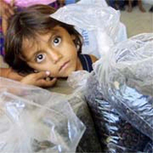 Según un informe de la ONU, 690 millones de personas sufrían en el año 2019 de manera crónica la falta de alimentos. Fotografía: AFP /Orlando Sierra