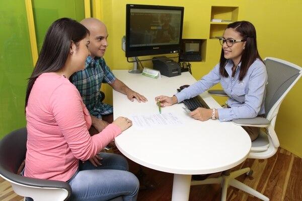 La solución recupera los datos de los clientes disponibles y evita preguntar de nuevo toda la información. (Foto archivo GN)