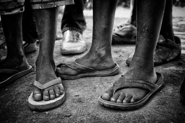 Según el Banco Mundial, hay 768,5 millones de personas en condición de pobreza (el 10,7% de la población mundial). En un mundo que produce más que suficiente para satisfacer las necesidades básicas de todos, esta cifra no puede dejar a nadie indiferente