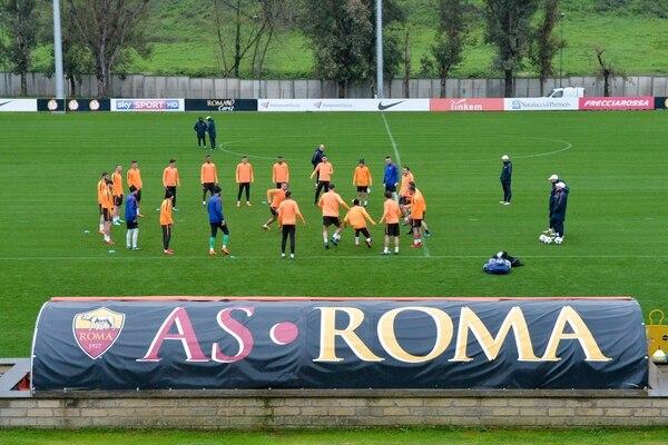 La victoria del 9 de abril sobre Barcelona le trajo al AS Roma beneficios extradeportivos. Foto: AFP