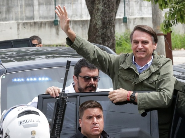 Bolsonaro, cuyo mensaje contra la corrupción rampante y de mano dura contra de la delincuencia hizo carne en el electorado, asumirá la presidencia de Brasil el próximo 1 de enero.