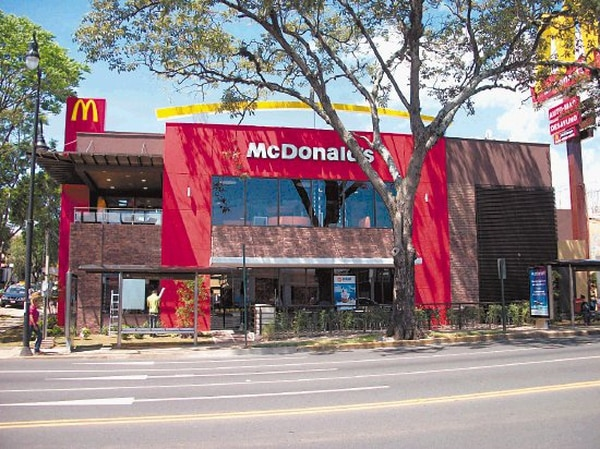 McDonald's abrió en Paseo Colón