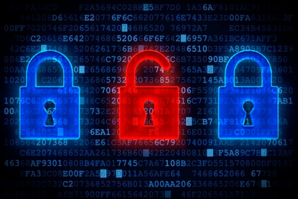 La carencia de licencias abiertas, ausencia de textos alternativos, la desatención de los comentarios de la audiencia y las trabas para descargar datos en masa, son parte de las carencias que tienen las instituciones de Gobierno en sus sitios web.