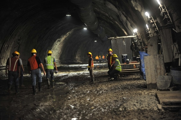 El Proyecto Hidroeléctrico Reventazón se encuentra en la etapa de construcción.