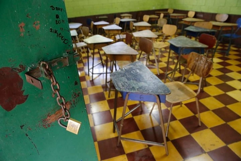 Las aulas cerradas no solo representan un atraso en los procesos de aprendizaje sino que arrastran efectos emocionales para niños, niños y jóvenes. Archivo/Albert Marín