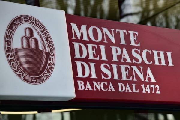 Los analistas temen que, dada la renuncia de Matteo Renzi, se atrase la capitalización del banco Monte dei Paschi, el más antigüo del país y el más frágil.