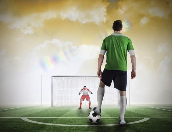 Las decisiones fundamentales y de alto impacto pueden ser vistas, en sentido metafórico, como tirar un penal en una final de campeonato