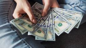 Cómo enfrentar el aumento del precio del dólar en las cuotas de sus créditos