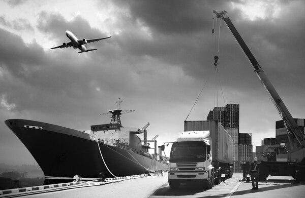 Es necesario modernizar los esquemas comerciales actuales, no solo para resolver los problemas existentes, sino también como parte de un esfuerzo más amplio para darles más agilidad de cara al cambio tecnológico acelerado. (Foto: Shutterstock para EF).