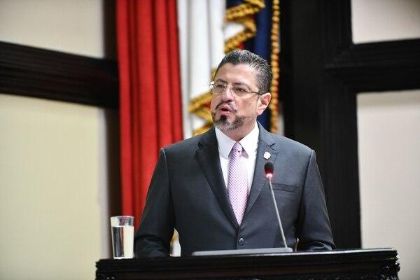 10/2/20 Comparecencia del ministro de Hacienda Rodrigo Chaves ante la Asamblea Legislativa para dar cuenta sobre el déficit fiscal. Fotografía: Jorge Castillo.