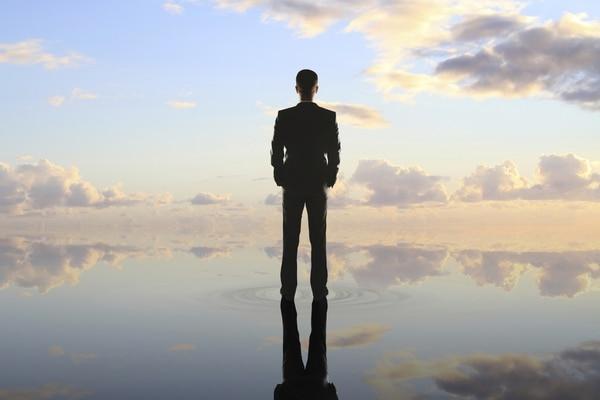 Los ángeles inversionistas brindan capital a emprendedores a cambio de una representación o parte de las acciones en su compañía