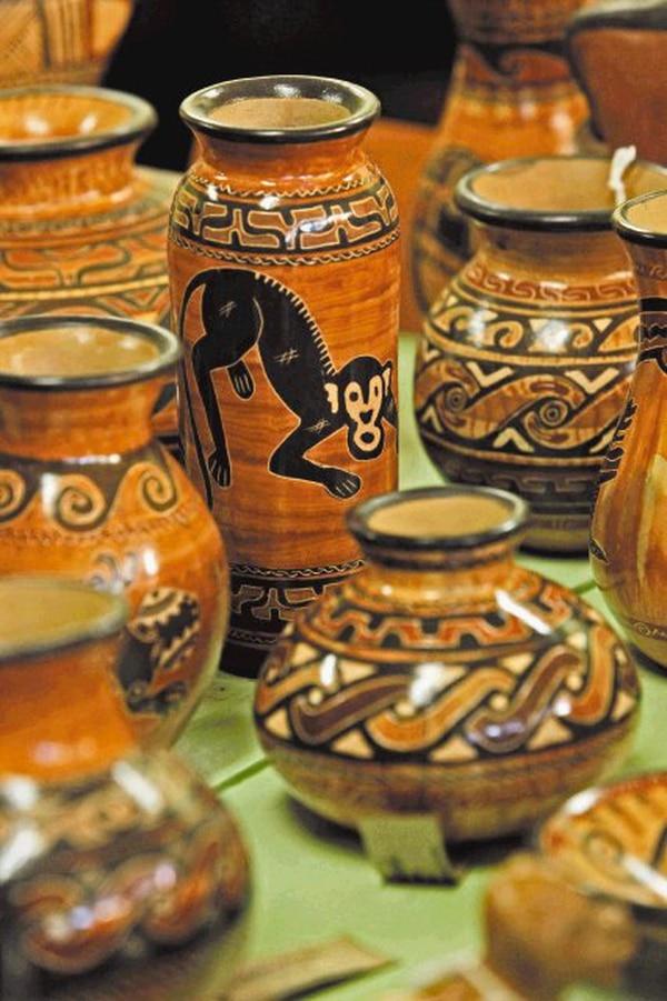Se ofrecen artesanías de siete grupos étnicos.