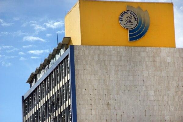 El pasado jueves 29 de agosto, la Junta Directiva de la CCSS aprobó un nuevo reglamento que permite a las microempresas y pymes pagar menos dinero en las cuotas de aseguramiento de hasta cinco empleados. Fotografía: Jorge Castillo.