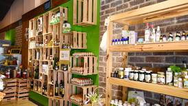 Enfoque en compra responsable permite a El Estanco Verde mantenerse, crecer y proyectar su futuro