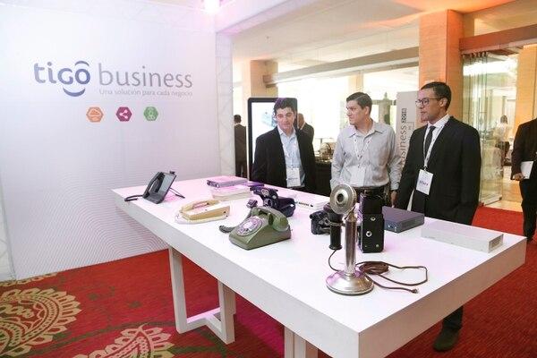 Tigo también brinda servicios a nivel corporativo, donde también compite con Cabletica y Telecable, entre otros operadores. (Foto Albert Marín / Archivo)