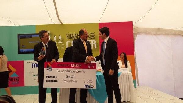 El año anterior la empresa Cifsa S.A. obtuvo el Galardón Pyme en el área de comercio. El presidente Luis Guillermo Solís, junto con el ministro de Economía, Welmer Ramos, le entregaron el premio al gerente general Andrés Flores.