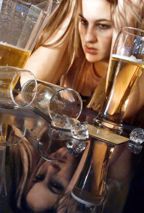 Está comprobada la relación entre el alcohol y la depresión en menores.