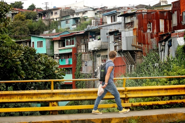 17-10-2018 / Recorrido por San José ilustrando lugares donde se evidencia situación de pobreza / Fotografía: John Durán