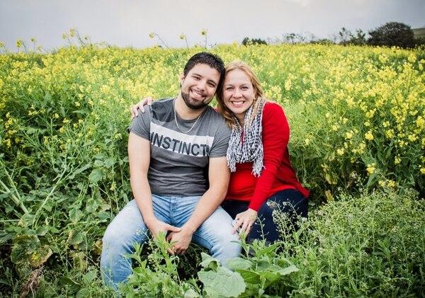 Ariadne Arias y su esposo Esteban Ramírez lideran La Paletica. Ambos tienen 31 años.