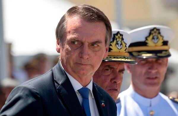 Bolsonaro sembró cierta confusión el mes pasado, cuando dijo que las edades mínimas contempladas para jubilarse en el proyecto de Guedes podrían reducirse de 62 a 60 años en el caso de las mujeres. Foto: AFP