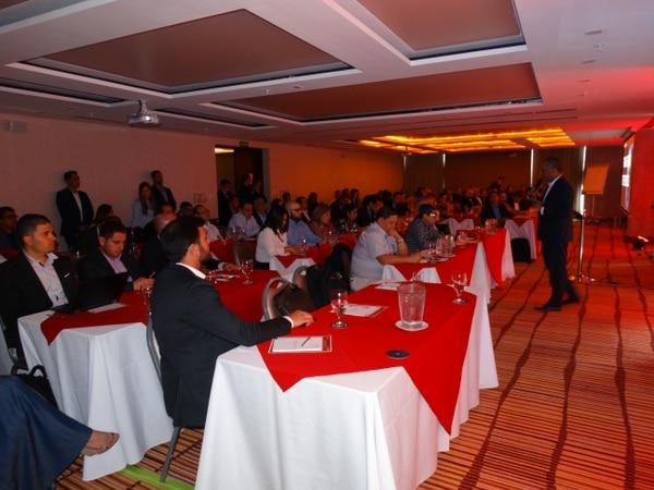 Leandro Ramírez, gerente regional de Oracle, explicó que la visión de la firma es impulsar la transformación digital, apoyándose en el cloud computing. (Foto cortesía Oracle)