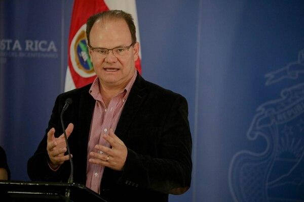 Elian Villegas, antiguo presidente del INS asumió como Ministro de Hacienda Foto: rosanchezphoto Casa Presidencial
