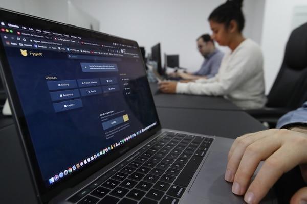 Fygaro en una plataforma en línea que ofrece la posibilidad de tener la tienda en línea y la facturación electrónica. (Foto John Durán / Archivo GN)