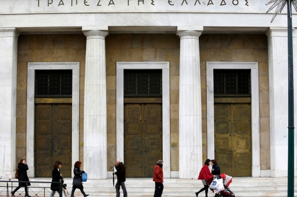 El banco central griego espera que el país crezca en el 2014.