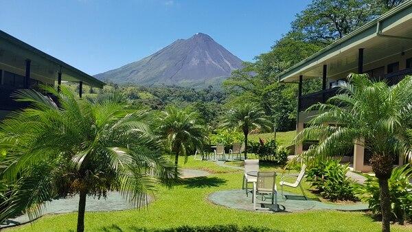 El hotel se ubica a 10 kilómetros del centro de La Fortuna, carretera a Tilarán. (Fotos cortesía Hotel Lavas Tacotal para EF)