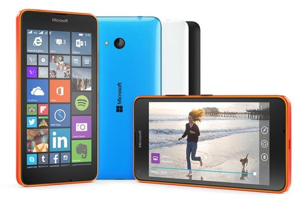 Los nuevos Lumia 640 y Lumia 640 XL corren con el sistema operativo Windows 8.1 y siguen la tendencia de pantallas más cómodas de 5 y 5,7 pulgadas, respectivamente.