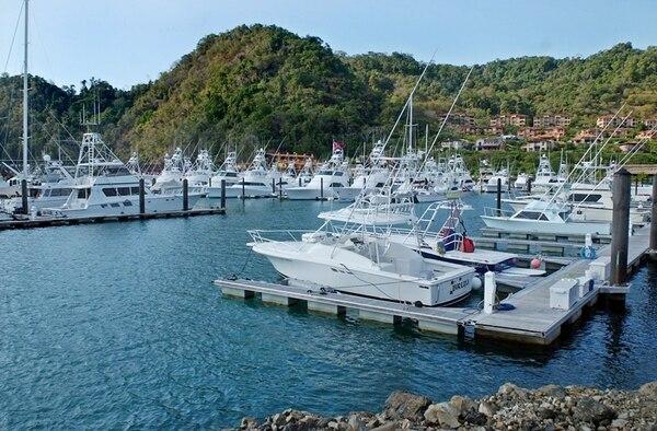 Marina Los Sueños, ubicada en playa Herradura de Garabito, fue la primera en operar (desde el 2001). Luego abrió Marina Papagayo en el 2009, situada en Guanacaste y finalmente Marina Pez Vela en Quepos, en abril del 2010.