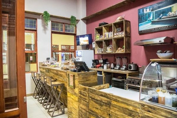 El negocio se ubica en el Bazar San Luis, frente al mercado municipal de Cartago. (Foto: Gesund para EF).