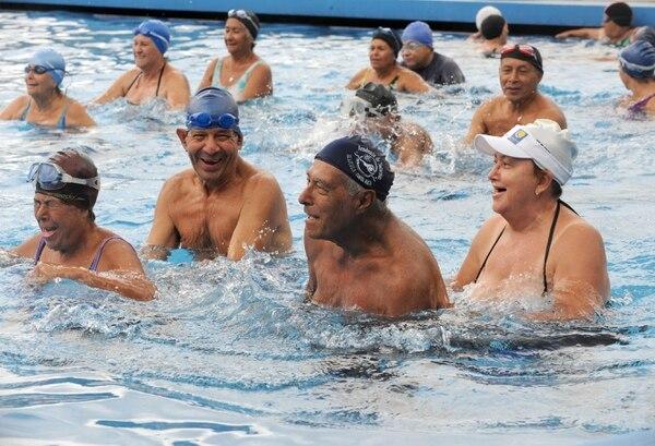 La variedad de actividades disponibles para adultos mayores es uno de los beneficios de Costa Rica.