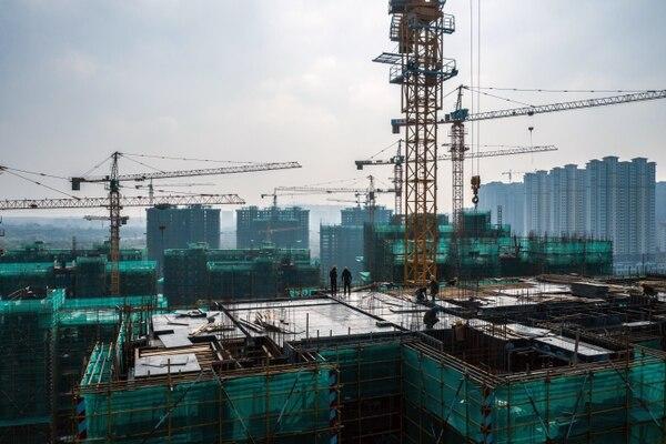 Una obra en construcción en Jurong, al este de China, un país cuya desaceleración económica ha demostrado cuánto del crecimiento de Japón en los últimos años provino de las compras chinas de sus exportaciones.