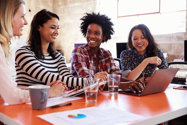 Se financiarán actividades productivas dirigidas por mujeres y de organizaciones que defienden los derechos de las féminas. (Foto: Shutterstock).