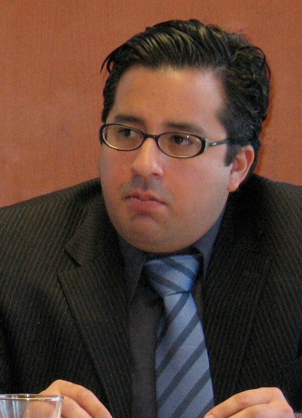 Juan Carlos Mendoza decidirá en las próximas horas si acepta la precandidatura presidencial del