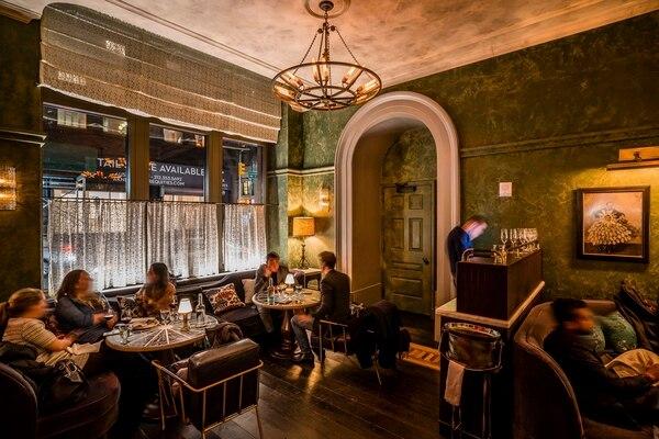 El Fowler & Wells, restaurante de Tom Colicchio dentro del Beekman Hotel en Nueva York. Más de los hoteles boutique de la ciudad están contratando chefs con nombres conocidos para sus restaurantes.